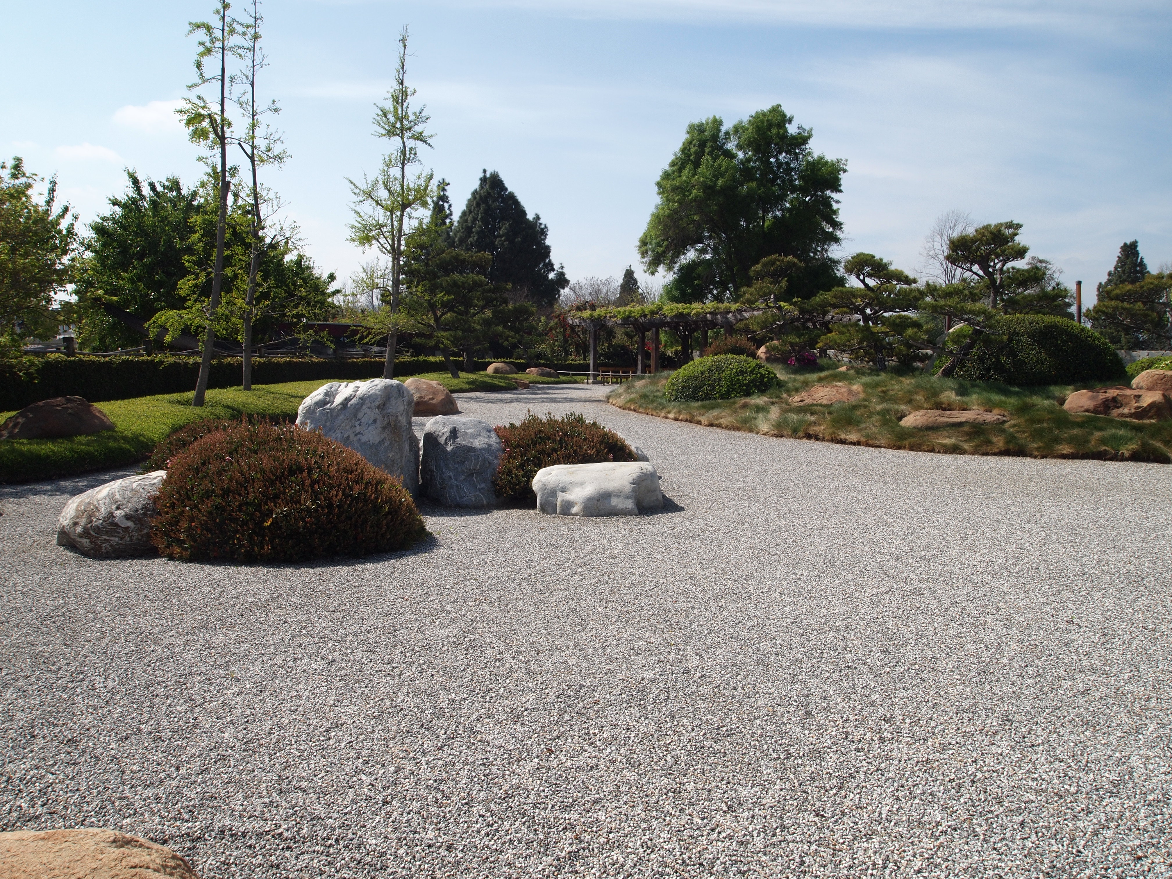 Japanese rock garden gordon 39 s gardens Pictures of zen rock gardens